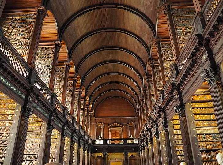 Bibliothek Trinity College Dublin Irland